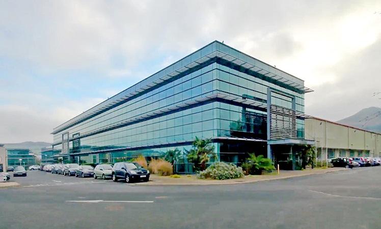 مرکز تحقیق و توسعه اوریفلیم