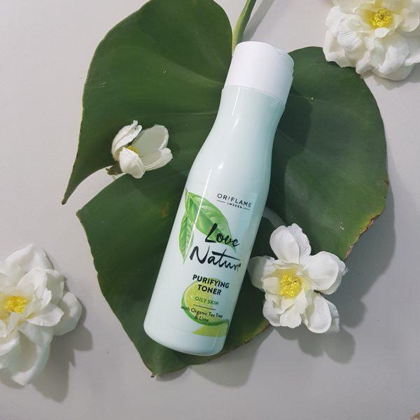 تونر پاکسازی کننده پوست چرب اوریفلیم حاوی عصاره درختچای و لیمو