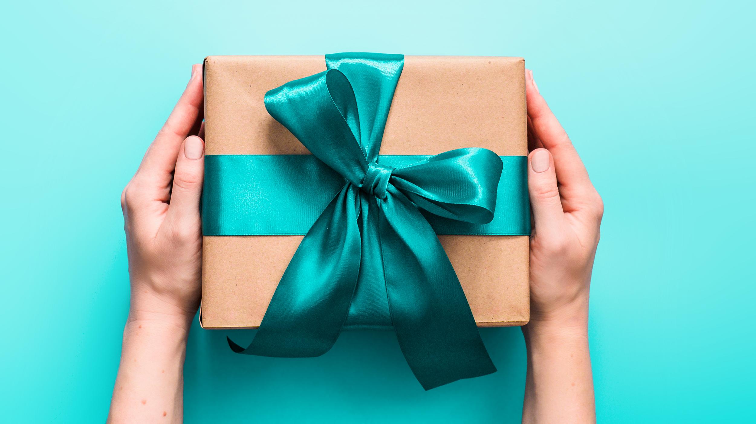 نکات انتخاب هدیه برای تولد خانوم ها