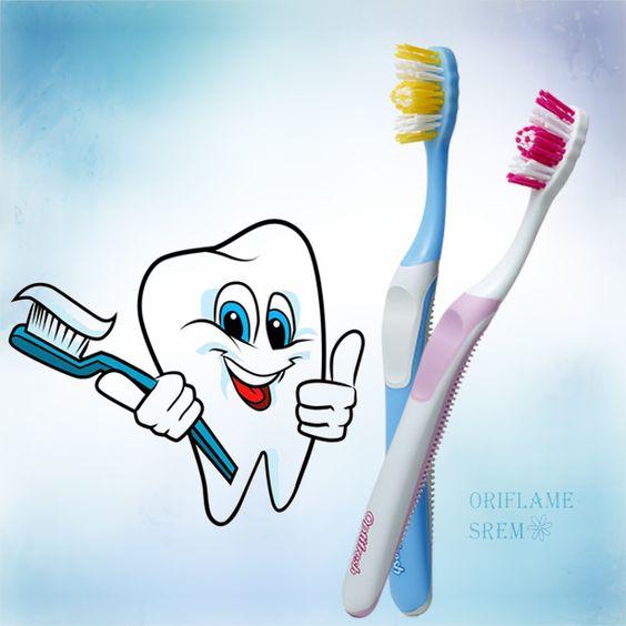 مسواک نرم اپتی فرش آبی اوریفلیم Optifresh Toothbrush Soft Oriflame