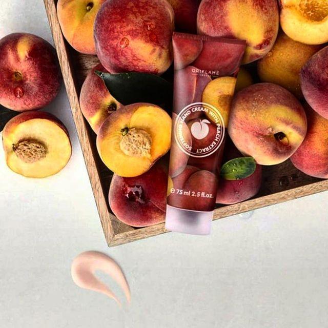 کرم دست با عصاره هلو اوریفلیم Softening Hand Cream Peach Oriflame