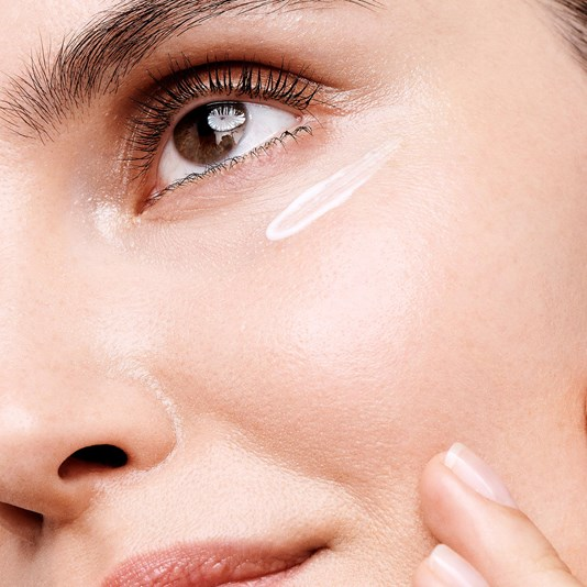 کرم دور چشم ایون آوت اپتیمالز اوریفلیم Optimals Even Out Eye Cream Oriflame