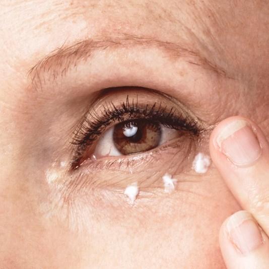 کرم دور چشم و لب تایم ریستور نوایج اوریفلیم NOVAGE Time Restore Eye & Lip Cream Oriflame