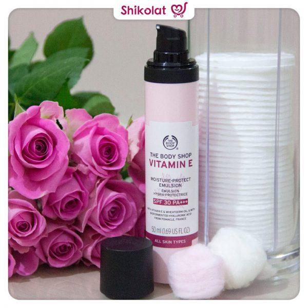 امولسیون مرطوب کننده ویتامین E بادی شاپ حاویSPF30 حجم 50 میل The Body Shop Vitamin E Moisture-Protect Emulsion SPF30