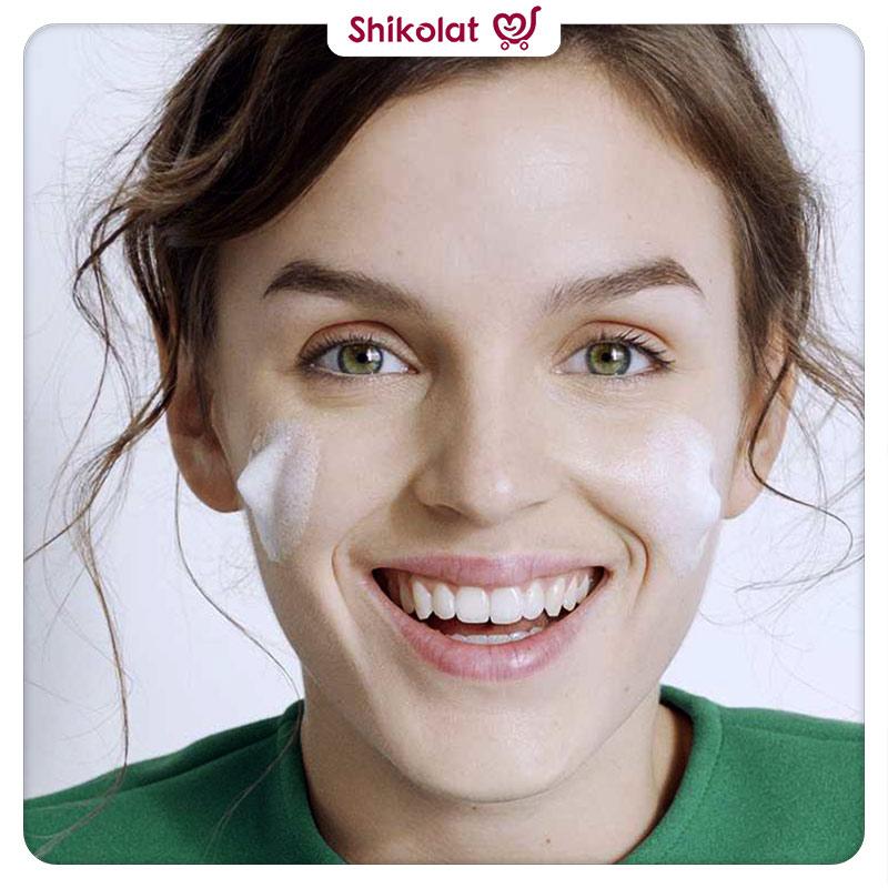 ژل شوینده صورت سیمپل شاداب کننده پوست حجم 50 میل Simple Refreshing Facial Wash Pouch