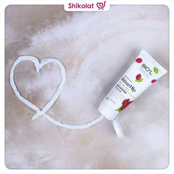 کرم مرطوب کننده دست و صورت بیول حاوی عصاره رز هیپ و آووکادو حجم 60 میل Biol Age Control Booster Hip Rose & Avocado Cream